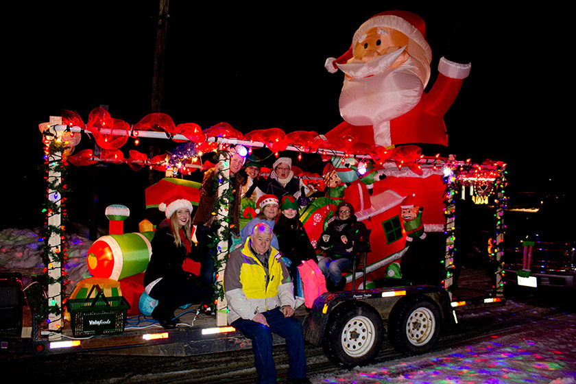 SANTA CLAUS PARADE OF LIGHTS SET FOR DECEMBER 7